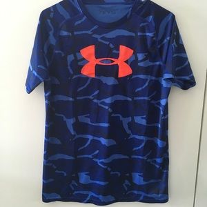 Under Armour Boys T Shirt Size Youth XL